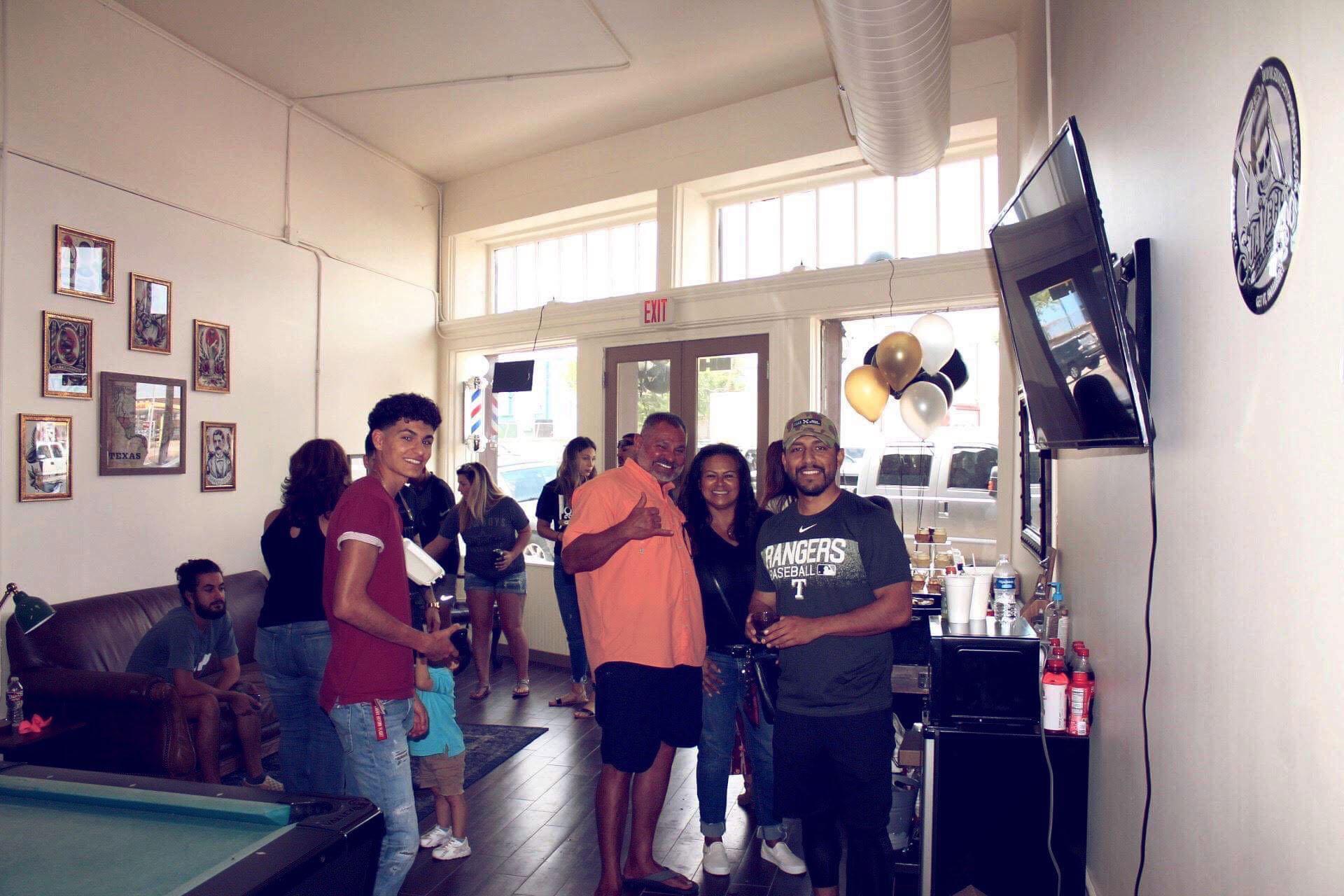 Loso's Barber Shop Image